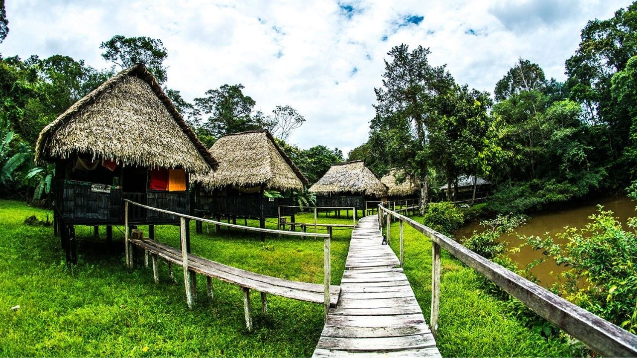 Dolphin Lodge - Cuyabeno